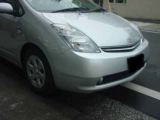 トヨタ プリウス フロントバンパ取替 右フロントフェンダ板金塗装 サイドメンバ一部修理
