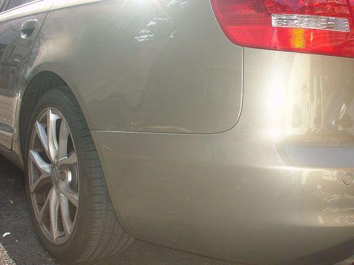 アウディ A6 左リアフェンダ(クォータ)・リアバンパー板金塗装修理
